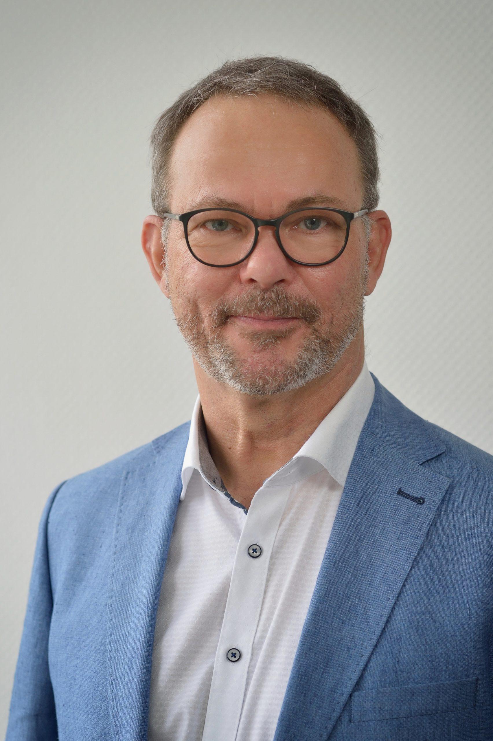 Dr. Andreas Vollmann
